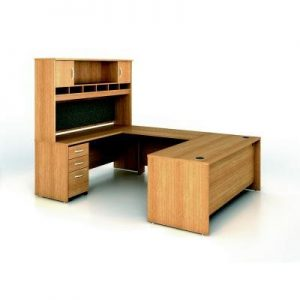 features of this ushape computer desk include